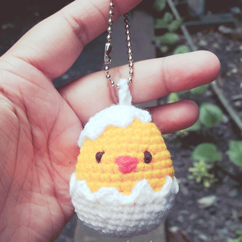 Egg amigurumi keychain – China Pattern