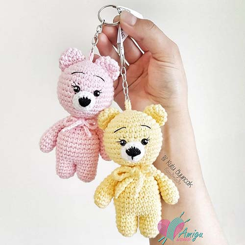 The simple bear keychain amigurumi