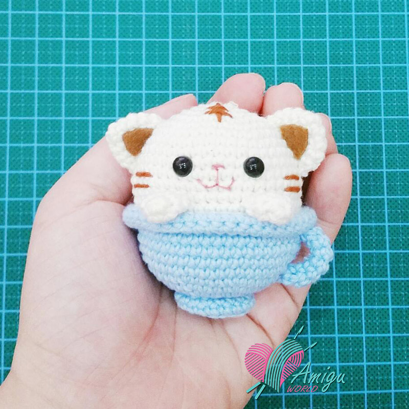 Cat in teacup cute amigurumi