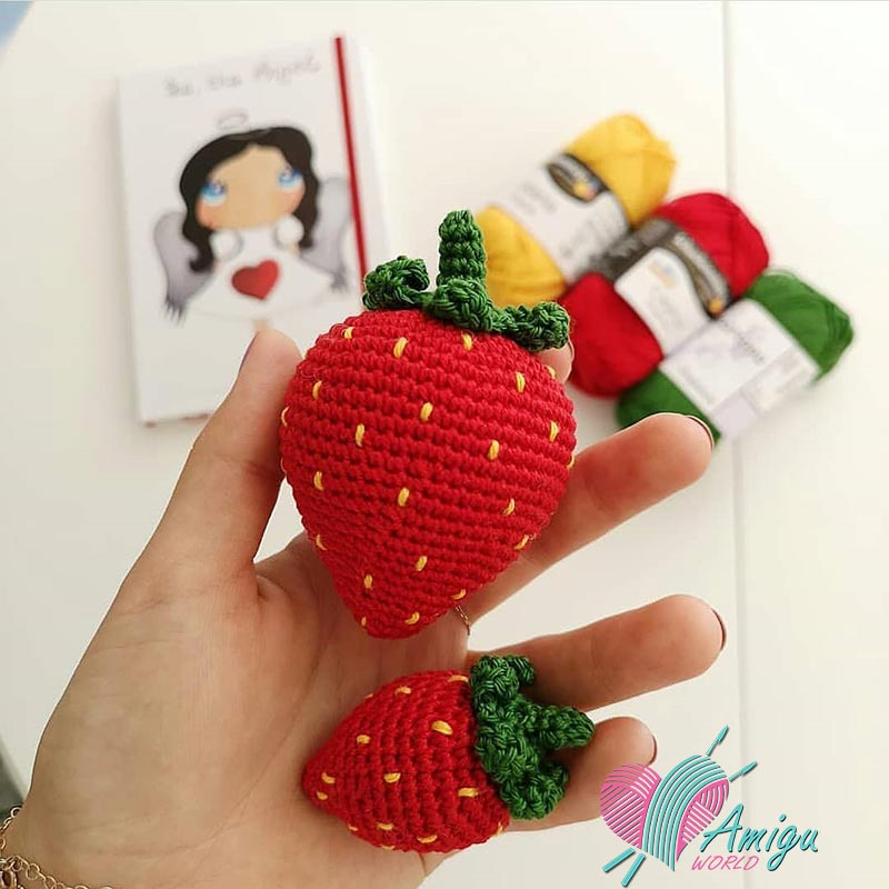 Strawberry amigurumi free pattern (2)