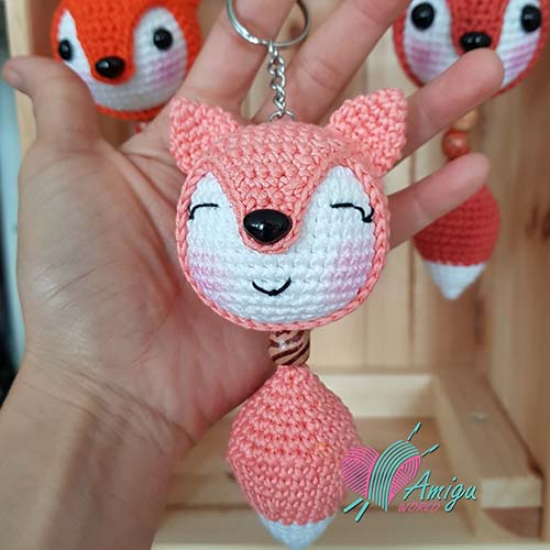 How to crochet fox keychain amigurumi