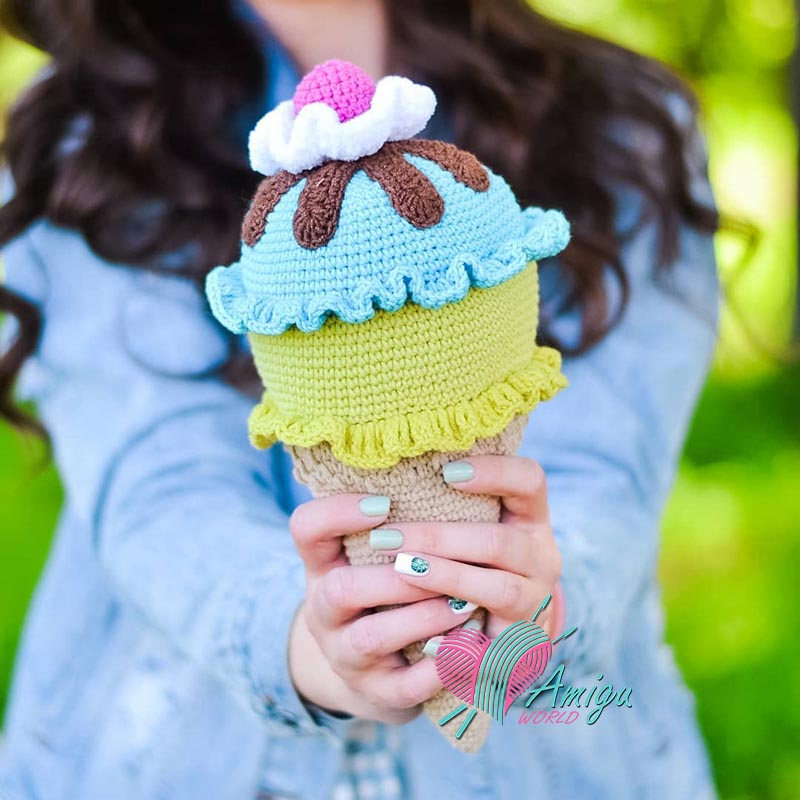ice cream amigurumi free pattern