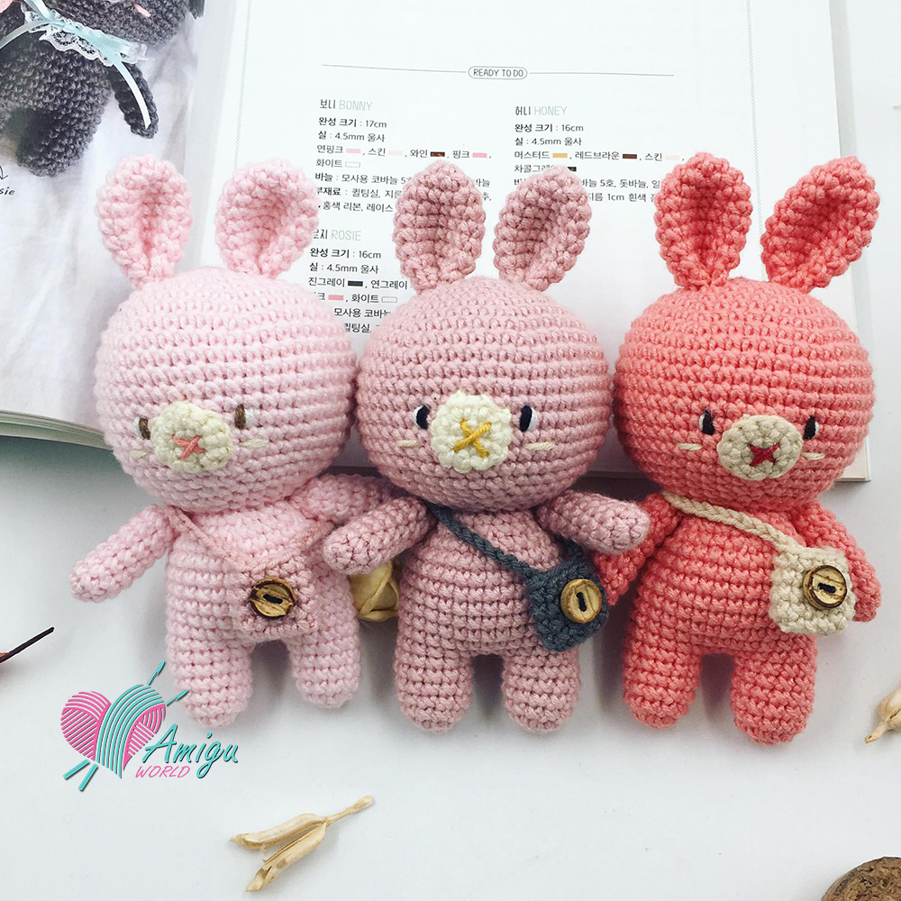 Amigurumi bunny with long ears - Amigurumi Today | 1000x1000