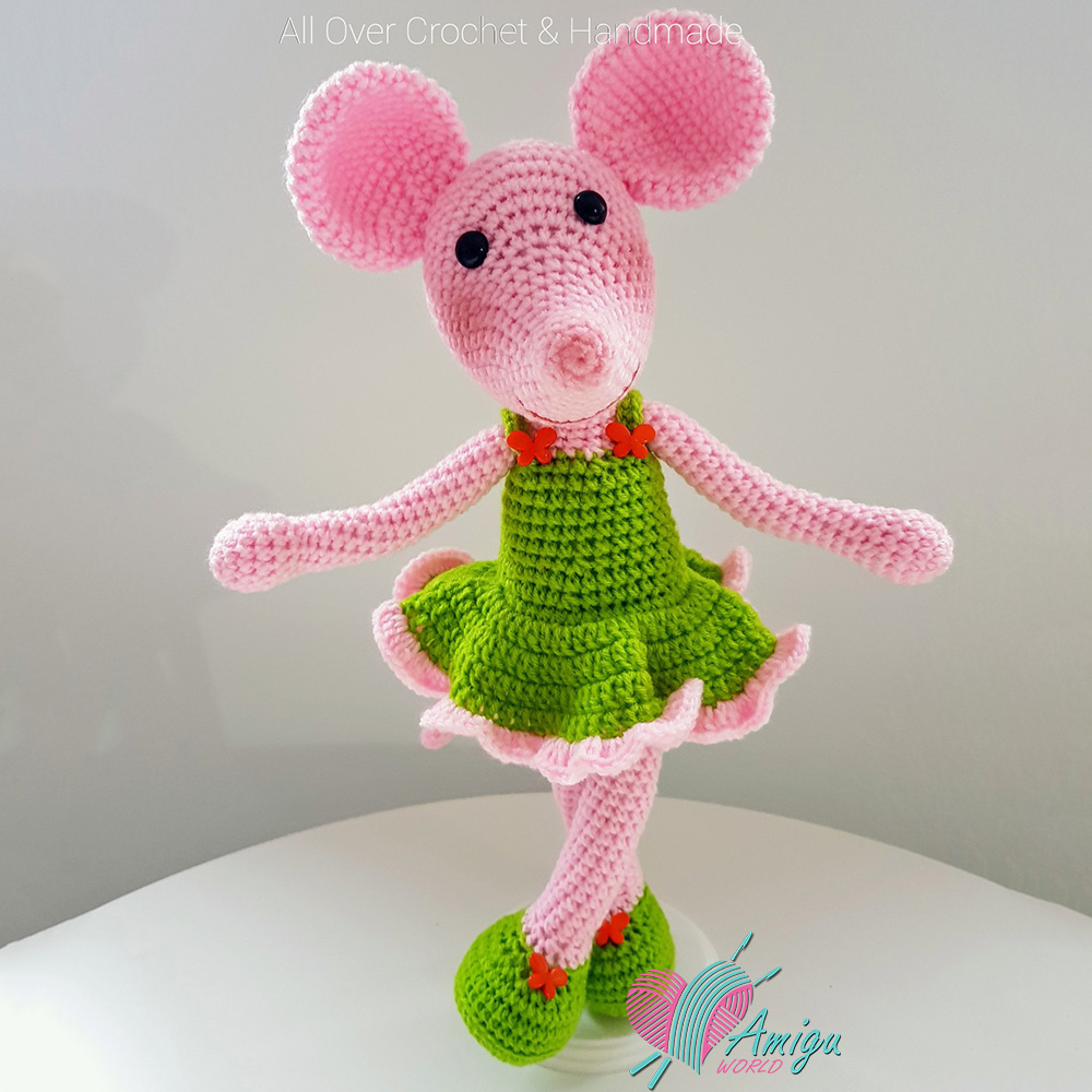 118 Crochet Pattern - Girl doll in a frog outfit - Amigurumi Pdf ... | 1000x1000