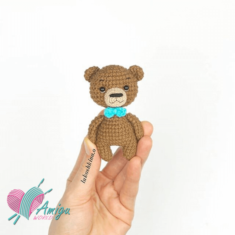 FREE PATTERN: Tiny Teddy Bear – Kristi Tullus | 800x800