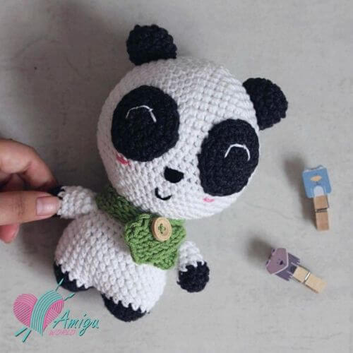 Cute fat Panda bear amigurumi free crochet pattern