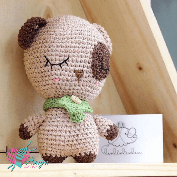 Fat dog amigurumi free crochet pattern (photo: lenlenlenlen)