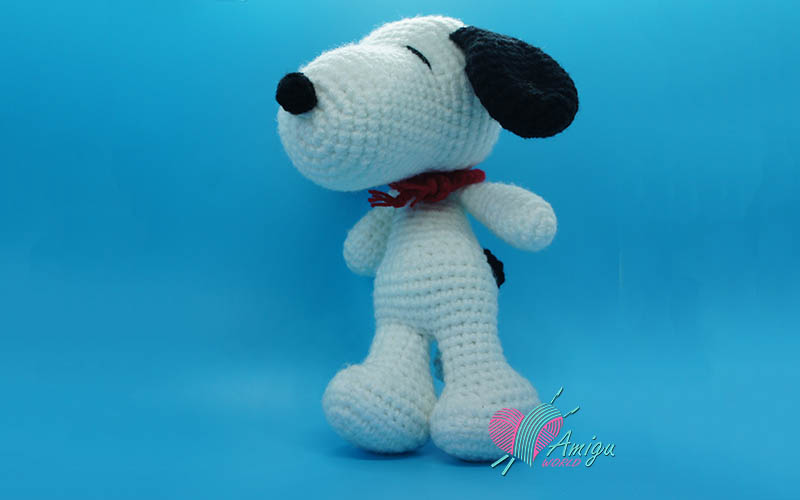 Snoopy dog cartoon amigurumi Free crochet patterns