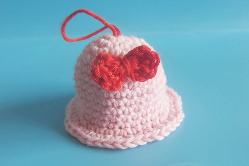 Little bell amigurumi by amiguworld