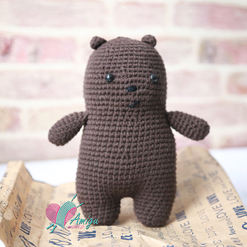 Grizzly Bear Amigurumi free crochet pattern