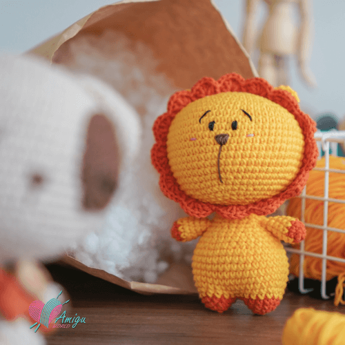 Little Lion amigurumi free crochet pattern