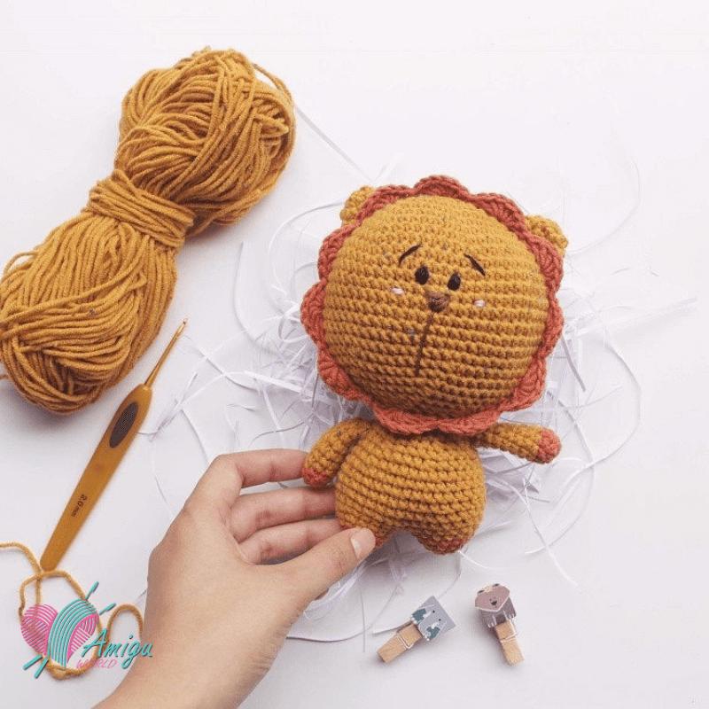 Cách móc sư tử bằng len