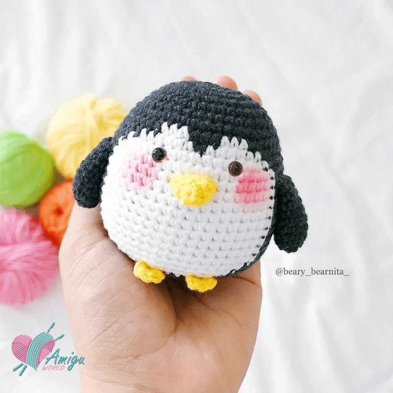 Lovely Penguin amiguurmi pattern
